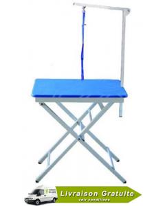 """Table transportable de toilettage  23,5"""" X 17,5""""  incluant support et courroie"""